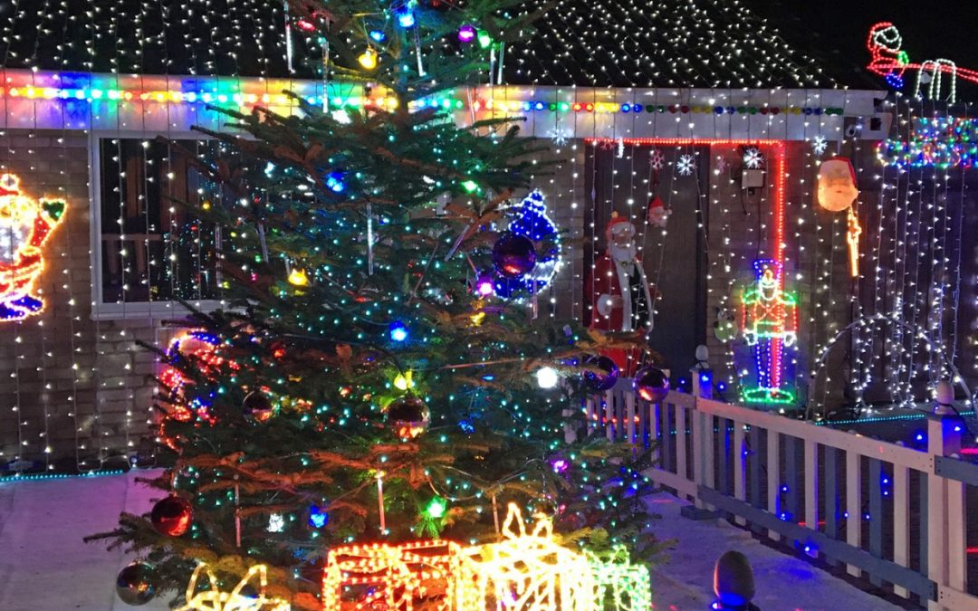 House in Gloucester Lights Up For Charity